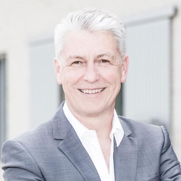 Advogado Peter E. Springmann